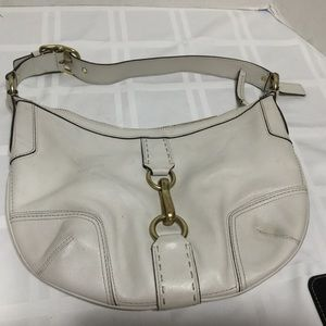 WHITE LEATHER COACH BAG